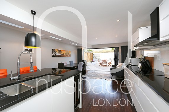 kitchen side extension balham with flat roof and sky lights